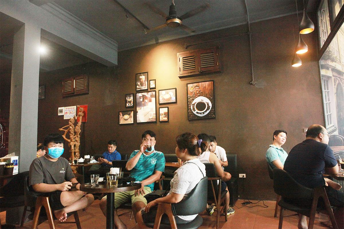 Người Hà Nội ăn phở từ 5h sáng, quán bún 9h đã hết hàng - 17
