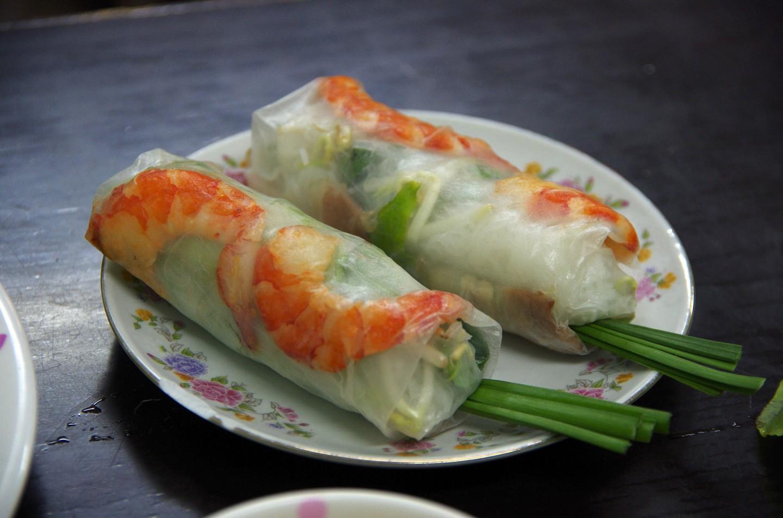 Top 11 món ăn ở Việt Nam được du khách đặc biệt yêu thích - 4