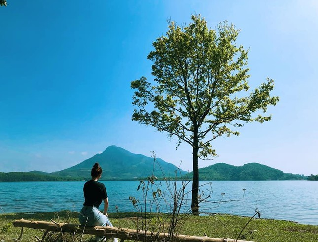 """Hồ thủy điện Rào Quán - """"Ốc đảo"""" nên thơ cho team """"muốn thức dậy ở một nơi xa"""" - 7"""