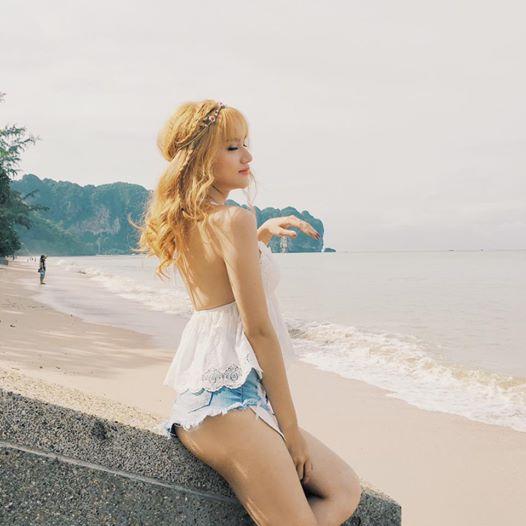 """Không tin nổi cô gái """"tóc vàng hoe"""" này là Hương Giang Idol - hình ảnh 9"""