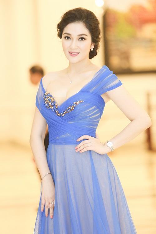 Nể phục học vấn và thành tích của 6 Hoa hậu Việt Nam - hình ảnh 3