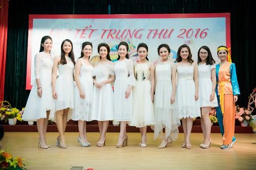 Hoa hậu Mỹ Linh sắm vai chị Hằng yêu thương bệnh nhi - hình ảnh 1