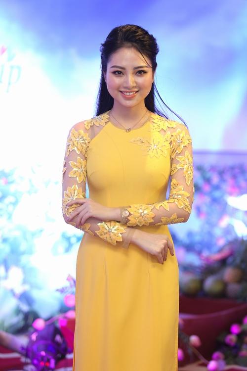 Hoa hậu Ngọc Hân phủ nhận tin đồn kết hôn - hình ảnh 5