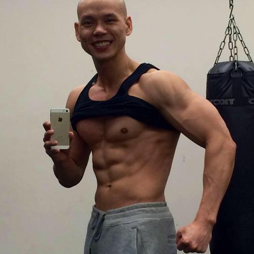 Không thể tin đây là Phan Đinh Tùng ở tuổi 41 - hình ảnh 3
