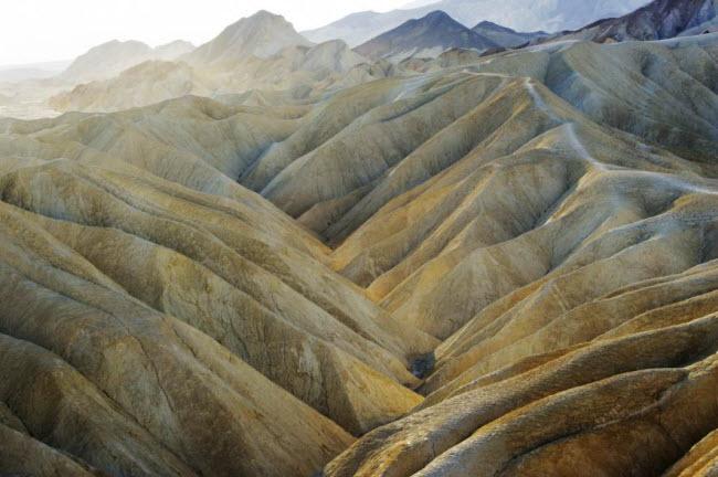 Ngắm phong cảnh thiên nhiên đẹp mê hồn khắp thế giới - hình ảnh 21