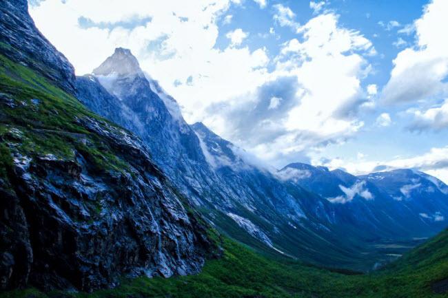 Sững sờ trước cảnh thiên nhiên đẹp như cổ tích ở Na Uy - hình ảnh 6
