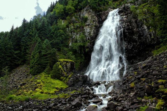 Sững sờ trước cảnh thiên nhiên đẹp như cổ tích ở Na Uy - hình ảnh 11