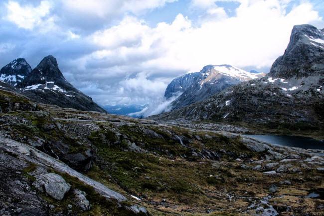 Sững sờ trước cảnh thiên nhiên đẹp như cổ tích ở Na Uy - hình ảnh 15
