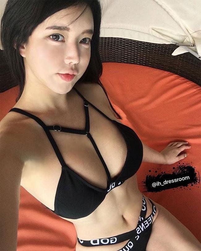 Đỏ mặt vì áo tắm cực táo bạo của hot girl phồn thực Hàn Quốc - hình ảnh 8