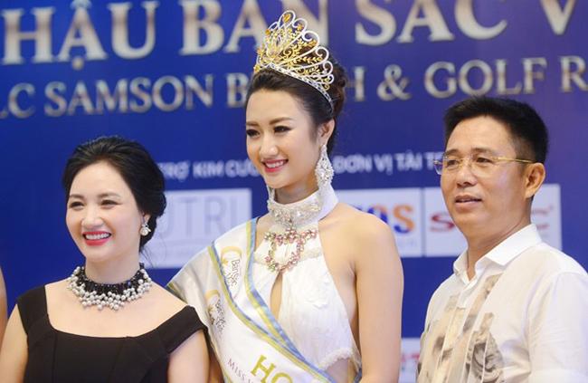 """Những bà mẹ """"đẹp như hoa hậu"""" trong showbiz Việt - hình ảnh 1"""