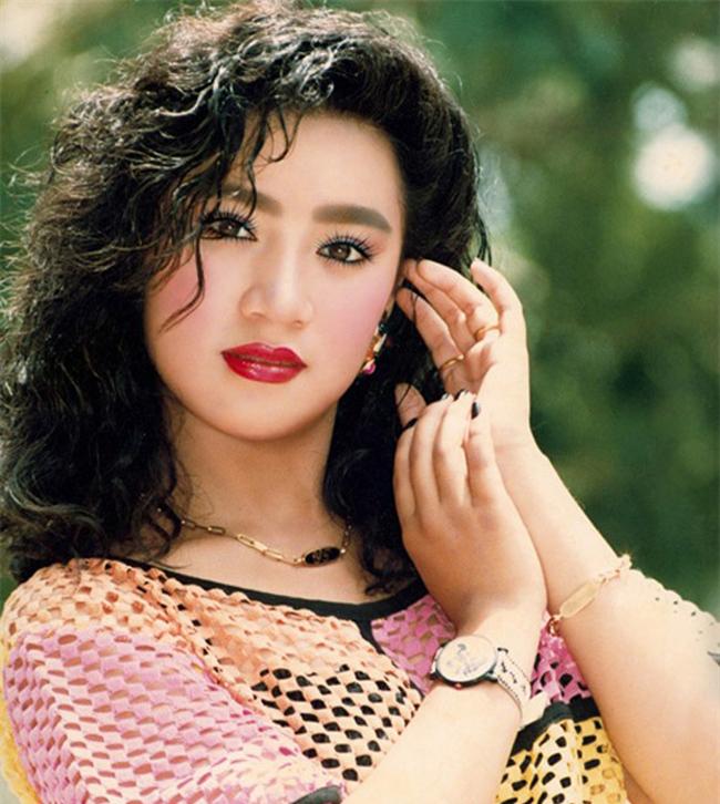 Người tình màn ảnh sexy nhất của Lý Hùng: Cát-xê một thuở 15 cây vàng - hình ảnh 15