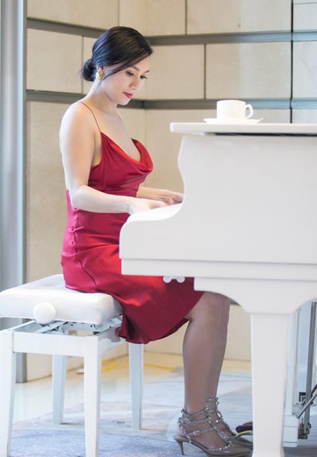Người tình màn ảnh sexy nhất của Lý Hùng: Cát-xê một thuở 15 cây vàng - hình ảnh 23