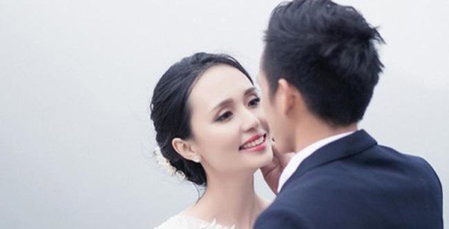 """""""Nóng bừng"""" vì 4 cô vợ hot girl gợi cảm của chân sút Việt - hình ảnh 17"""