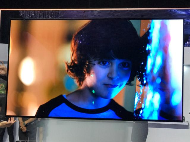LG bất ngờ tung 30 mẫu TV 4K với nhiều giá bán