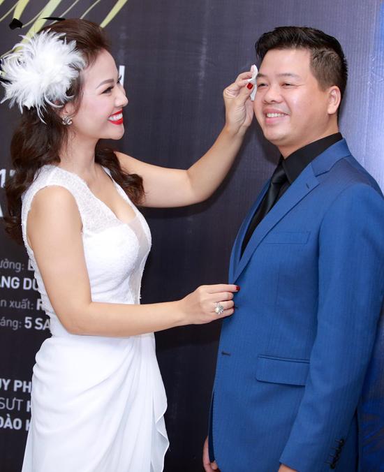 Bí kíp tán vợ đẹp như hoa hậu chỉ trong 7 ngày của Đăng Dương - hình ảnh 1