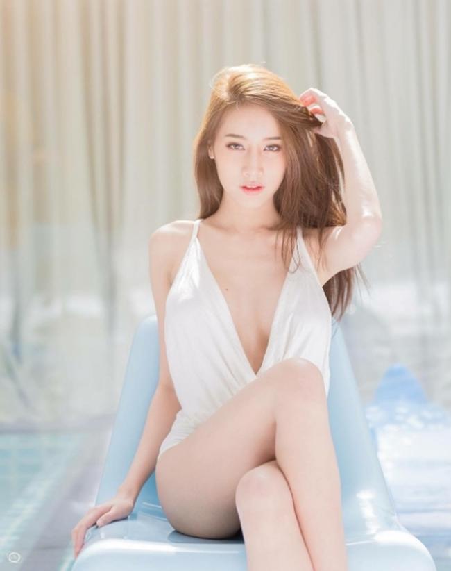 """""""Thiên thần áo trắng"""" siêu sexy mọi đàn ông Thái Lan đều khao khát - hình ảnh 3"""