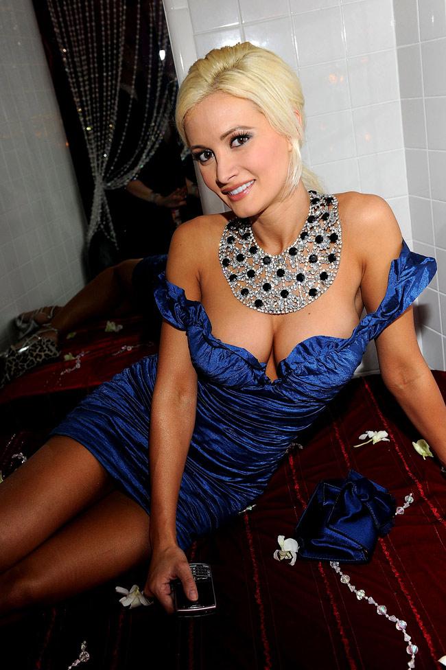 """""""Nàng thỏ"""" nóng bỏng nào nhận được thừa kế triệu đô từ ông trùm Playboy? - hình ảnh 14"""