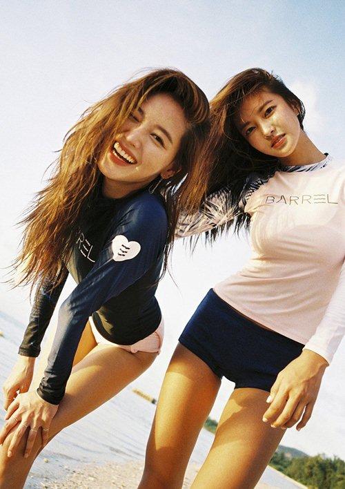 Diện áo tắm thể thao, 2 kiều nữ Hàn Quốc đẹp không cần cố gắng - hình ảnh 5