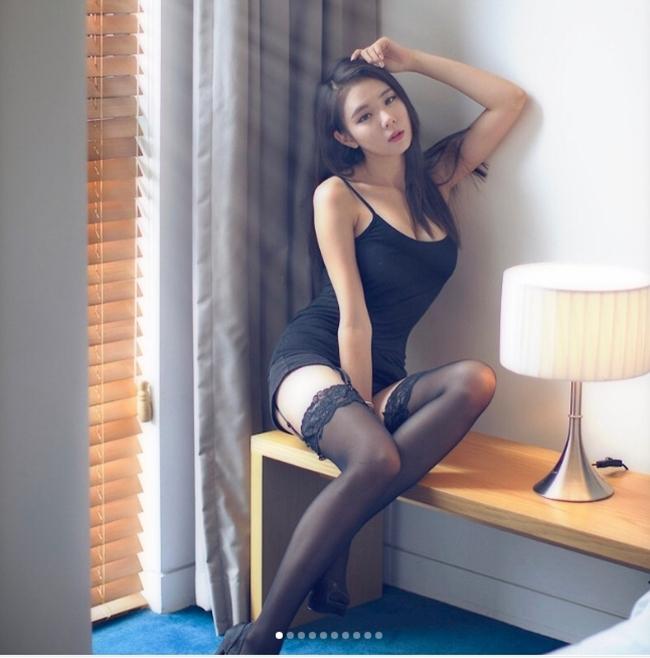 Ngả nghiêng vì nét sexy chết người của mẫu hội chợ đẹp nhất xứ Hàn - hình ảnh 15