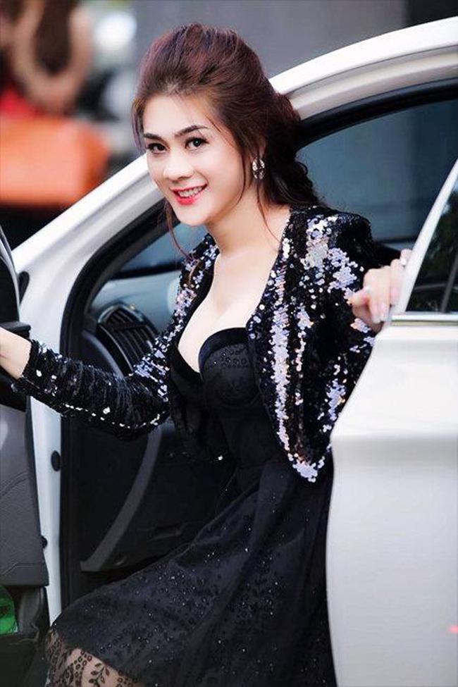 Đọ tình – tiền – tài của 3 mỹ nhân chuyển giới hot nhất showbiz Việt - hình ảnh 20