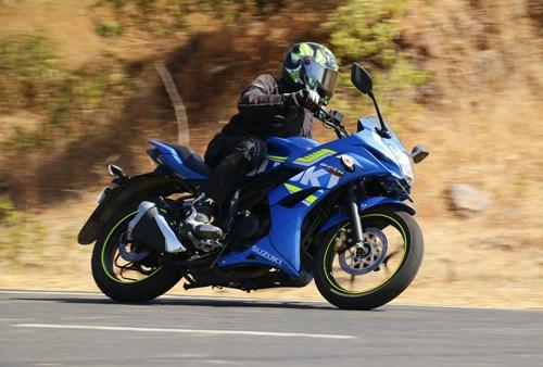 Top 4 xe máy 160 cc với hiệu suất phanh ấn tượng - 1