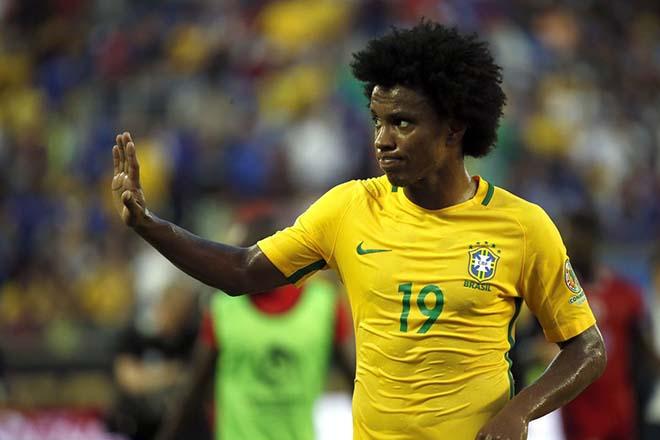 Chuyển nhượng MU: Martial sẽ ra đi giá 70 triệu bảng? - 1