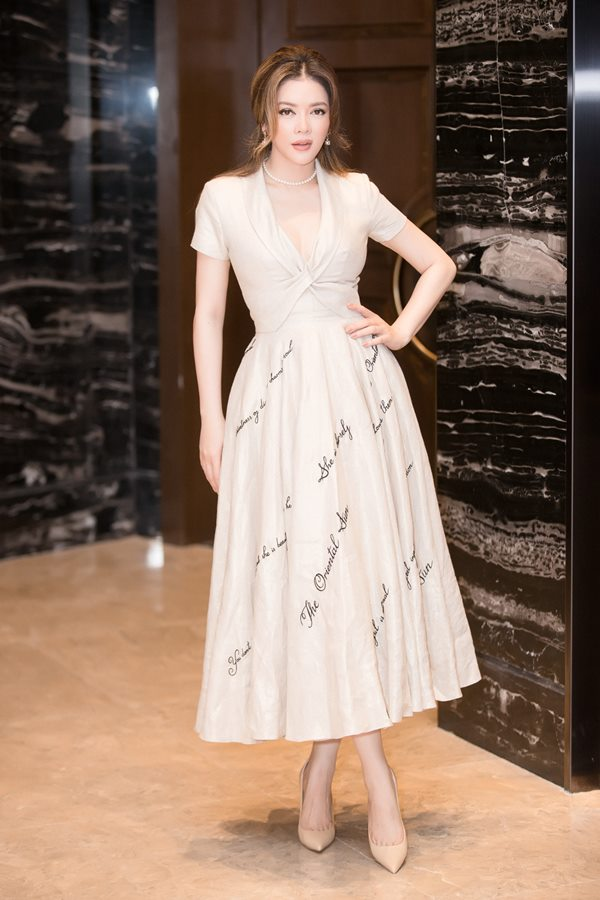 2 hot girl Hà thành bất phân thắng bại trong Top mặc đẹp tuần - hình ảnh 3