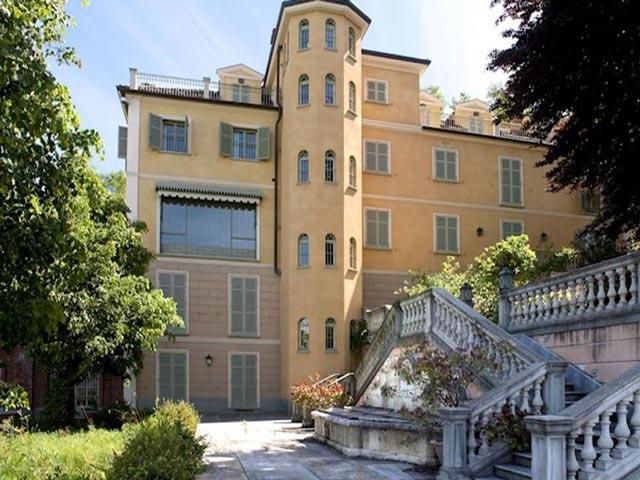 Hé lộ nhà mới của Ronaldo tại Juventus: 200 phòng ngủ, đắt bậc nhất thế giới