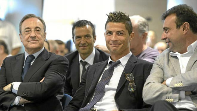 """Trực tiếp """"bom tấn"""" Ronaldo rời Real đến Juventus: Mọi chuyện đã xong? - 1"""