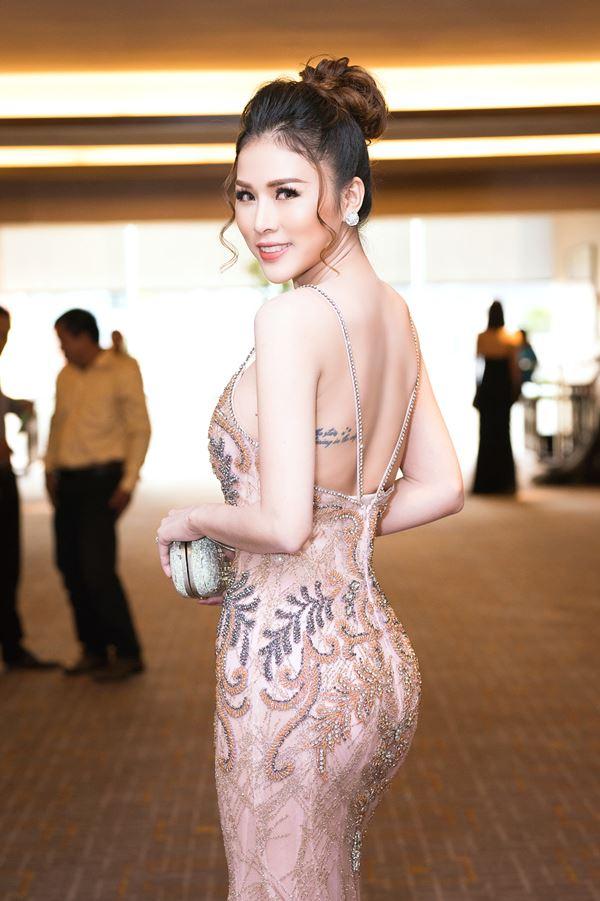 """Cô vợ Hoa hậu bikini của diễn viên Thiên Bảo """"thắt lưng buộc bụng"""" để giảm 20kg - 1"""