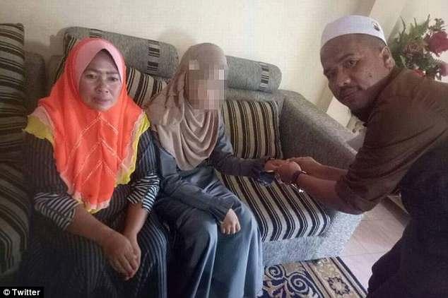 Đám cưới giữa chú rể 41 tuổi và cô dâu 11 tuổi gây phẫn nộ - 1