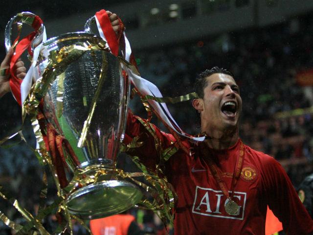 Ronaldo rời Real chấn động: MU vào cuộc, sếp lớn vung tiền tấn đè Juventus