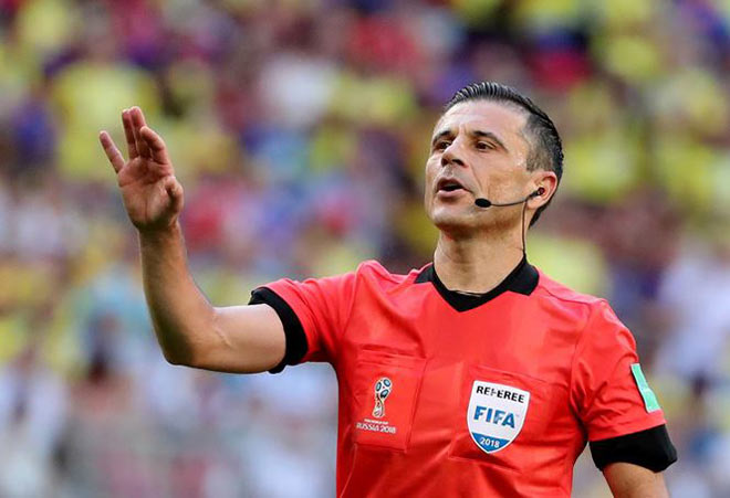 FIFA gây sốc với trọng tài bắt trận Pháp - Uruguay - 1