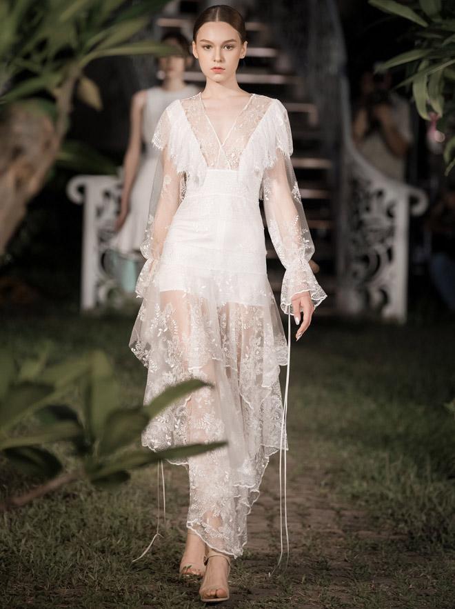 Á hậu Huyền My lấp ló ngực đầy trong làn váy trắng mỏng manh - hình ảnh 12