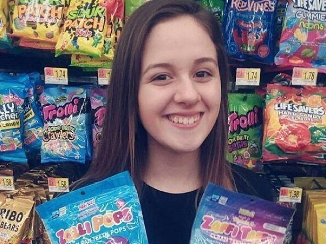 """Kinh doanh kẹo """"lành mạnh"""", cô bé 13 tuổi dự kiến bỏ túi 45 tỷ trong năm nay"""