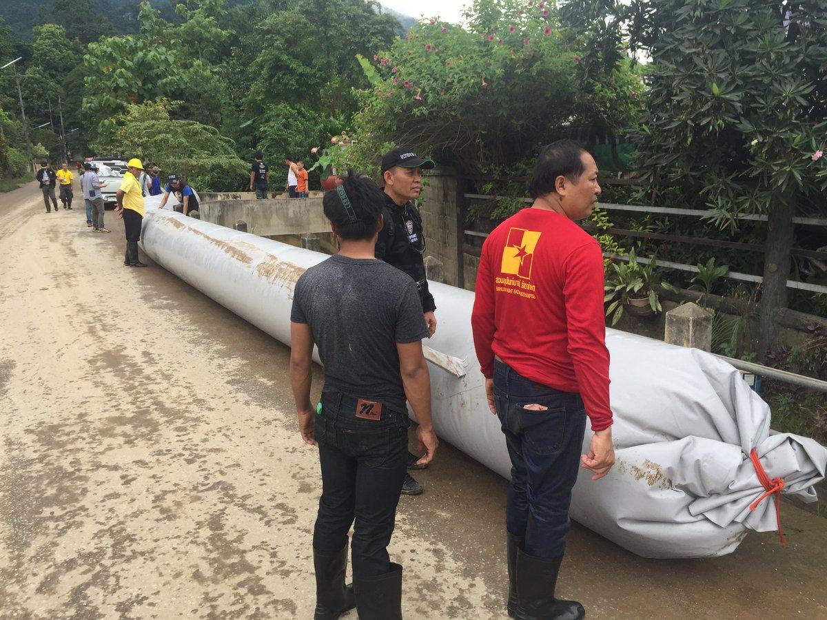 """Giải cứu đội bóng Thái Lan: Đường ống """"kì diệu"""" của tỉ phú Mỹ đã tới - 1"""