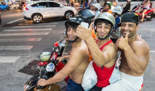 Cảnh báo 6 nguyên nhân gây tử vong hàng đầu khi đi du lịch nước ngoài - 1