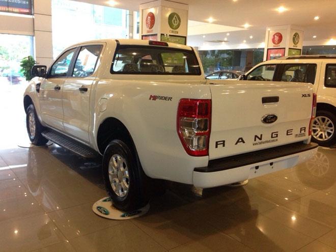 So sánh Ford Ranger 2.2 XLS và Chevrolet Colorado 2.5 VGT : Phiên bản một cầu số tự động giá rẻ - 7