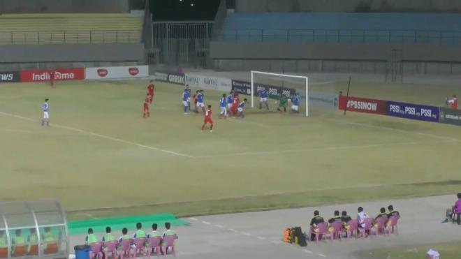 U19 Việt Nam - U19 Singapore: Tưng bừng 4 bàn, rượt đuổi nghẹt thở - 1