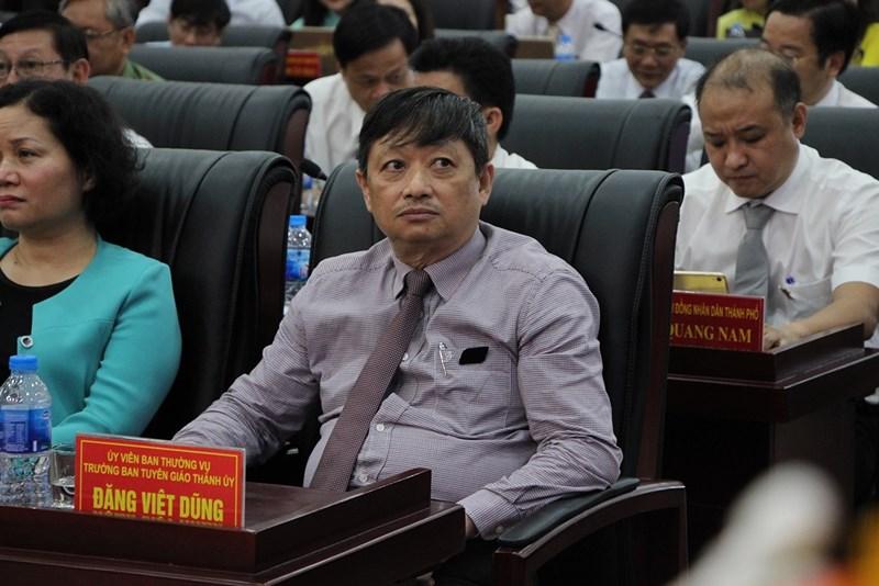 Ông Đặng Việt Dũng chính thức trở lại Phó chủ tịch Đà Nẵng - 1