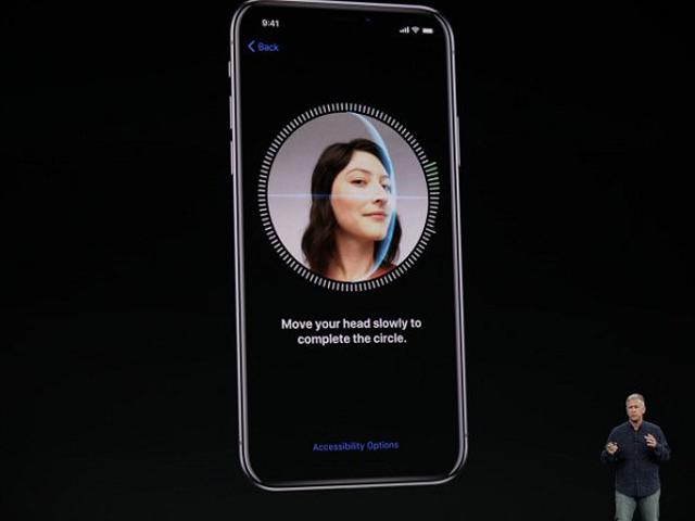 iPhone X trong quảng cáo dí dỏm, chỉ cần khuôn mặt chủ nhân thôi