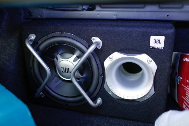 """Mazda 3 độ """"cực chất"""" dưới bàn tay của thợ Sài Gòn - 8"""
