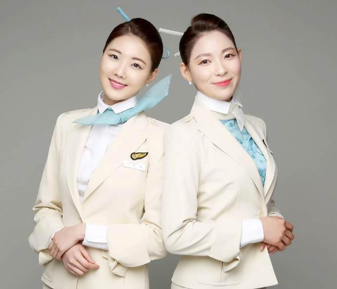 Nữ tiếp viên hàng không Hàn Quốc phải chịu những áp lực gì? - 1