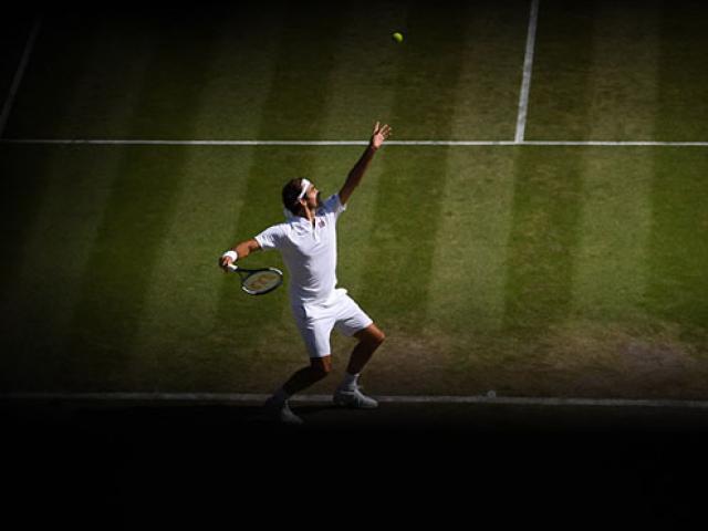 Kinh điển Wimbledon: Nadal - Federer mướt mồ hôi, Djokovic nở nụ cười