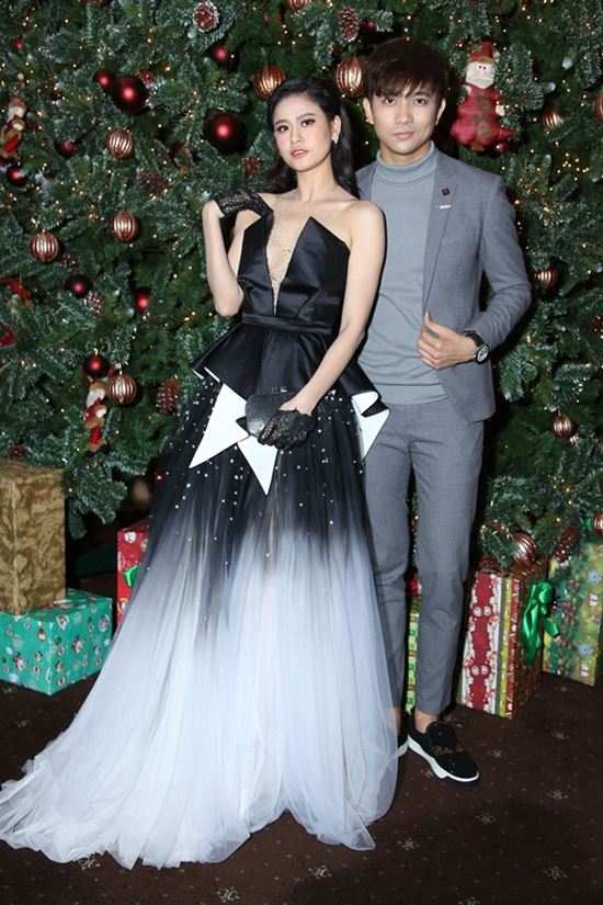 Nhìn lại phong cách cặp đôi đẹp đến ghen tị của Tim - Trương Quỳnh Anh - 1