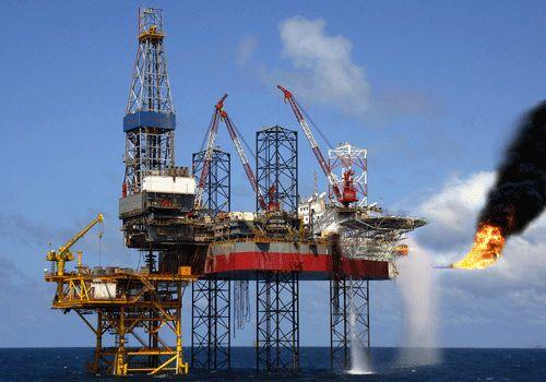 Hơn 1 triệu tấn dầu thô ngoại đổ vào Việt Nam, giá tăng 400% - 1