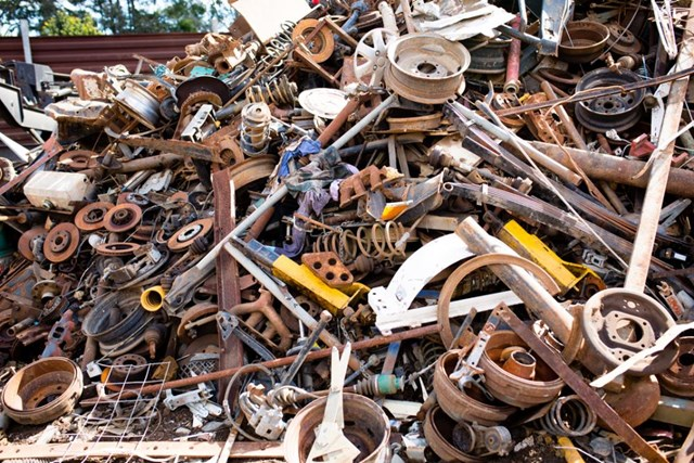 Nhập khẩu cả triệu tấn phế liệu, Việt Nam thành… núi rác khổng lồ - 1