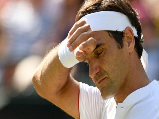 """Federer thua ngược, hóa cựu vương Wimbledon: """"Tàu tốc hành"""" không lý giải nổi"""