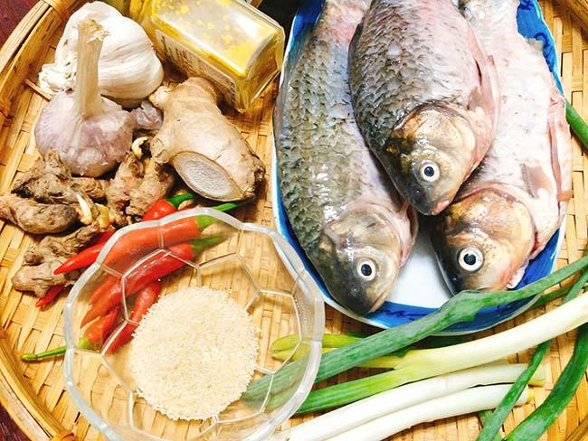 Vét sạch nồi cơm với cá kho nghệ thơm nức mũi - 2