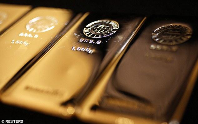Thế giới cạn kiệt nguồn cung cấp vàng ngay trong năm tới? - 1